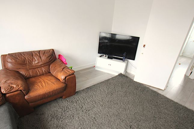 Flat for sale in Station Road, West Drayton