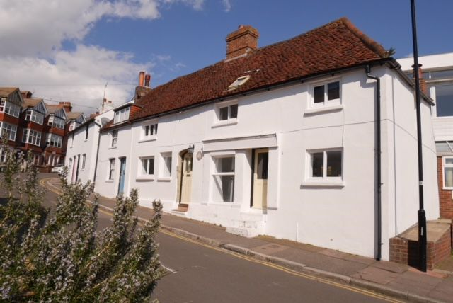 Thumbnail Terraced house to rent in Ocklynge Road, Eastbourne