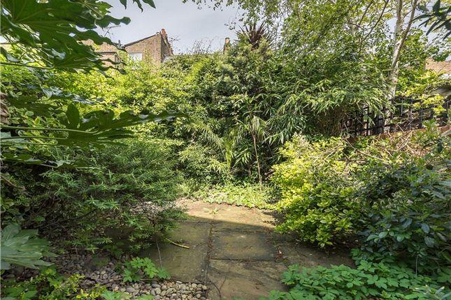 Picture No. 01 of Aulton Place, Kennington, London SE11
