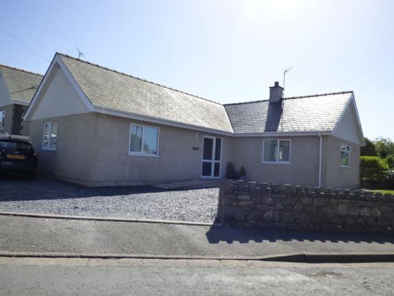 Thumbnail Bungalow for sale in Lon Uchaf, Morfa Nefyn, Pwllheli, Gwynedd