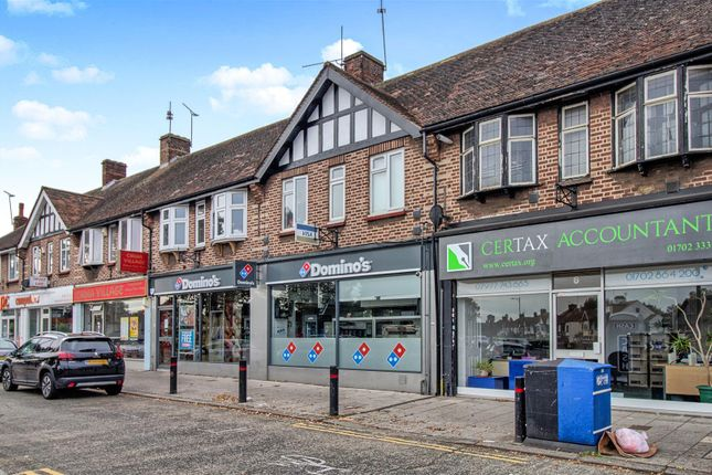 Thumbnail Flat for sale in Earls Court Parade, Prince Avenue, Southend-On-Sea