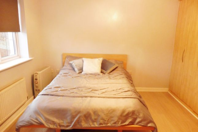 Master Bedroom of Ashleigh Vale, Barnsley S70