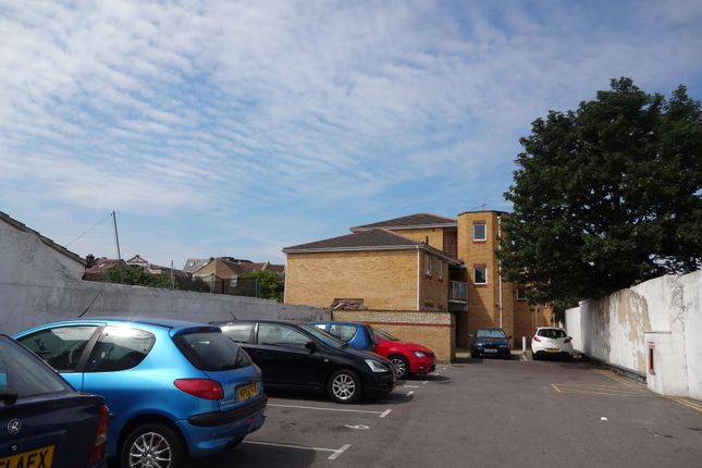 Thumbnail Flat to rent in Kidson Court, Havant Road, Portsmouth