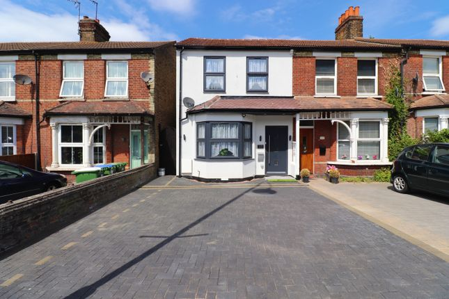 Thumbnail Terraced house to rent in Crayford Road, Dartford