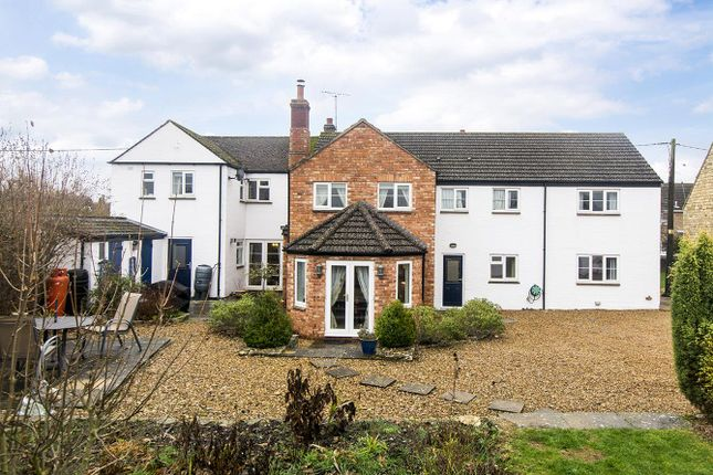 Thumbnail Cottage for sale in Kings Arms Lane, Polebrook, Peterborough