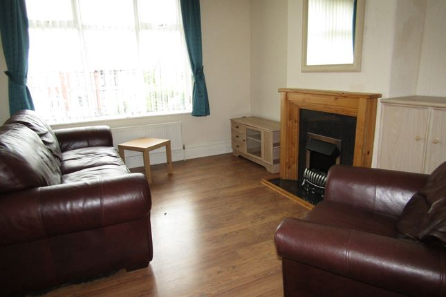 Thumbnail Flat to rent in Bispham Rd, Blackpool
