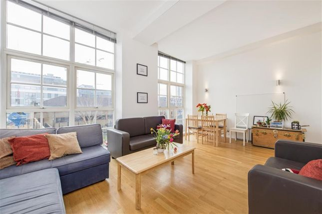 Thumbnail Flat for sale in Enfield Road, London