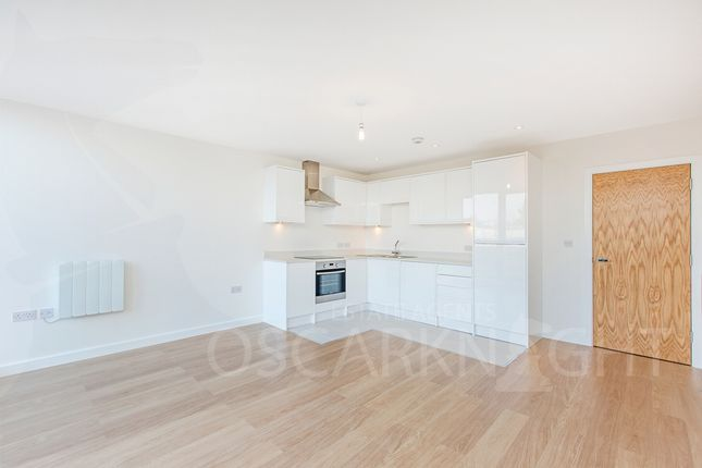 1 bed flat to rent in Evan Row, Durnsford Road, Wimbledon