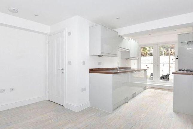 Thumbnail Town house to rent in Warren Close, Sandhurst