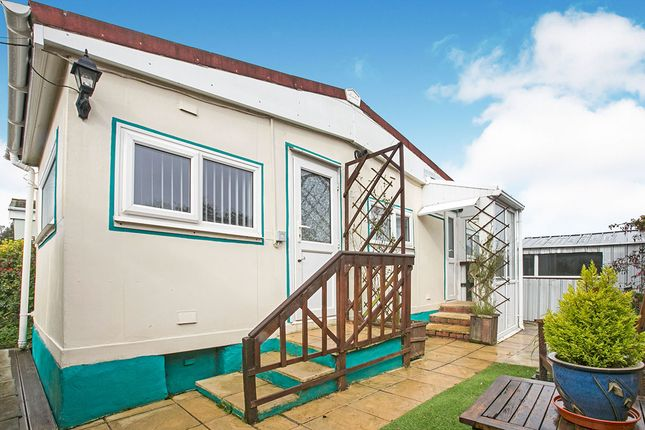 1 bed mobile/park home for sale in Tremarle Home Park, North Roskear, Camborne, Cornwall TR14