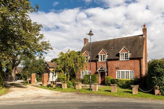 CV348Xg-2 of Dormer Cottage, Pebworth, Stratford-Upon-Avon CV37