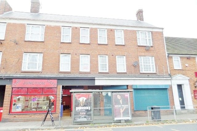 Flat to rent in Market Place, Great Yarmouth