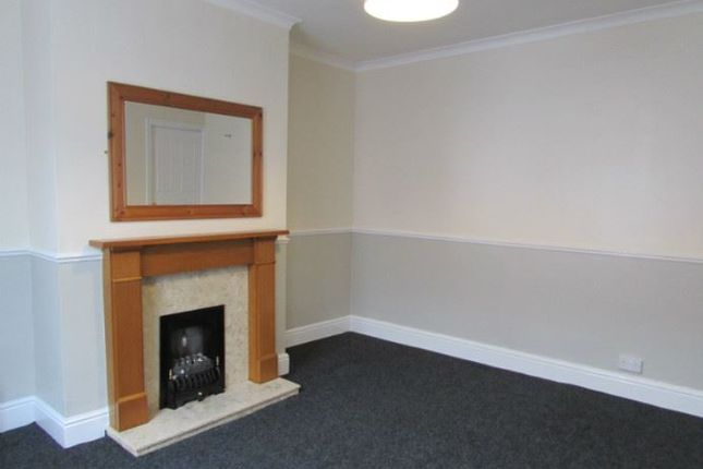 Thumbnail Terraced house to rent in Noster Grove, Beeston, Leeds