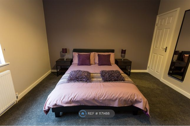 Room to rent in High Street, Barnsley S72