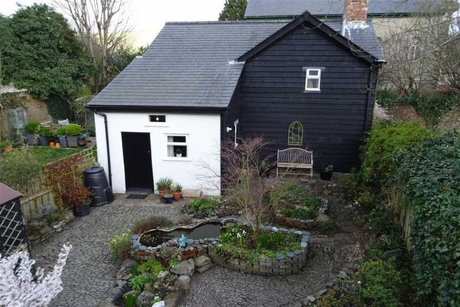 Thumbnail Cottage for sale in 5, Castle Street, Llanidloes, Powys