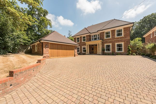 Thumbnail Detached house to rent in Nightingales Lane, Chalfont St. Giles