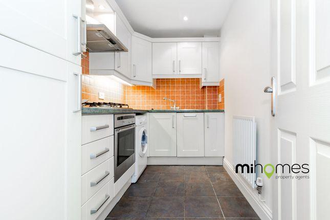 Thumbnail Flat to rent in Moon Lane, High Barnet, Barnet