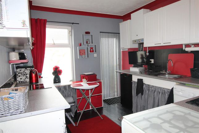 Kitchen of Top Flat 6 Dolphin Street, Cleethorpes, N.E. Lincolnshire DN35