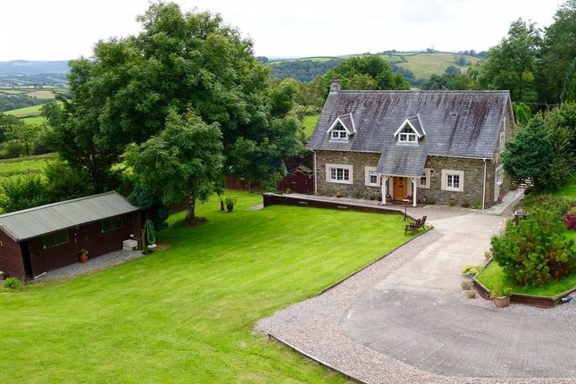 5 bed detached house for sale in Llanfynydd, Carmarthen