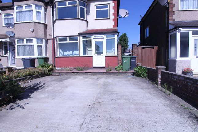 Thumbnail Property to rent in Southfield Road, Cheshunt, Waltham Cross