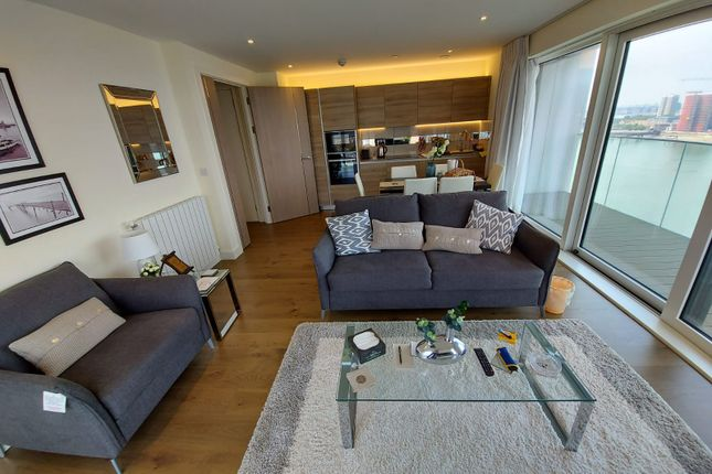 Thumbnail Flat for sale in Hampton House, Royal Arsenal Riverside, London