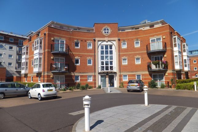 Thumbnail Flat to rent in Jupiter Court, Gunwharf Quays, Portsmouth, Hampshire