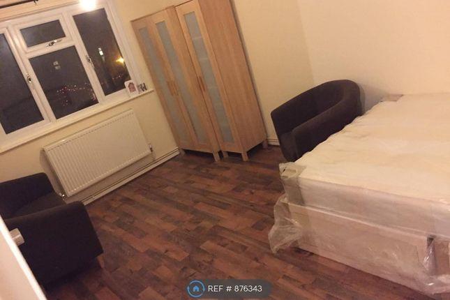 Livingroom of Celandine Drive, London SE28