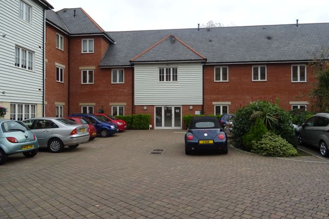 Thumbnail Flat to rent in Ongar Road, Brentwood