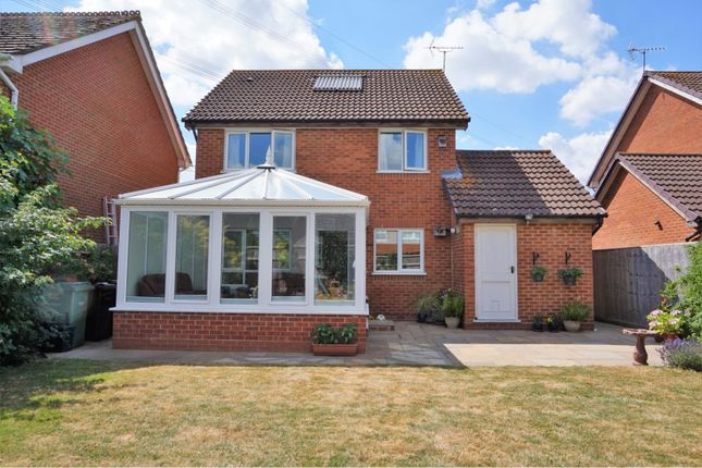 Thumbnail Detached house for sale in Loddon Drive, Didcot