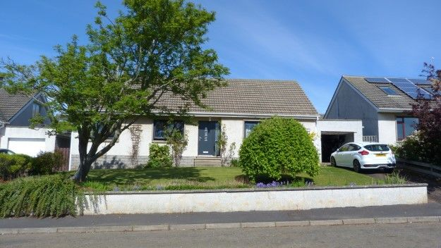 Thumbnail Detached bungalow to rent in 11 St Peters Road, Duffus