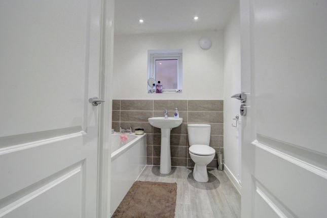 Bathroom of Lord Close, Middlesbrough TS5