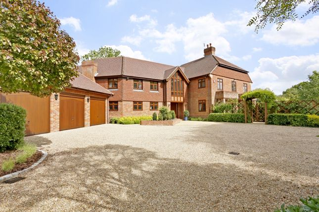 Thumbnail Detached house to rent in Jordans Way, Jordans, Beaconsfield