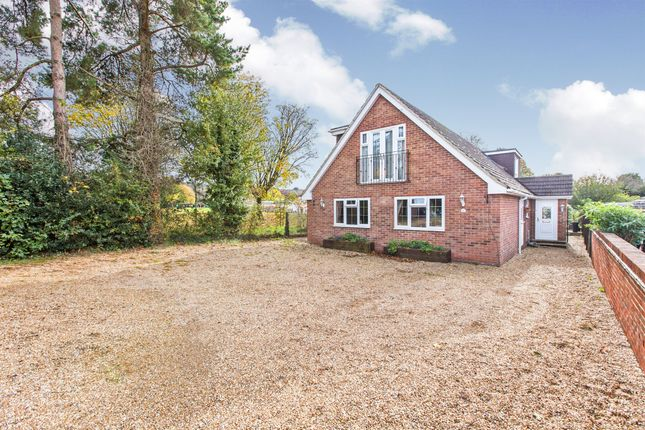 Thumbnail Detached house for sale in St James Close, Clanfield, Waterlooville