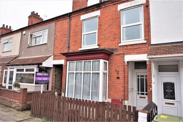 Thumbnail Terraced house for sale in Kew Road, Cleethorpes