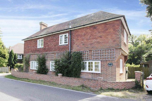 Thumbnail Detached house for sale in Hilders Lane, Edenbridge