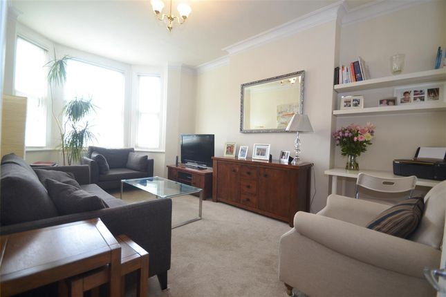1 bed flat to rent in The Brambles, Woodside, London