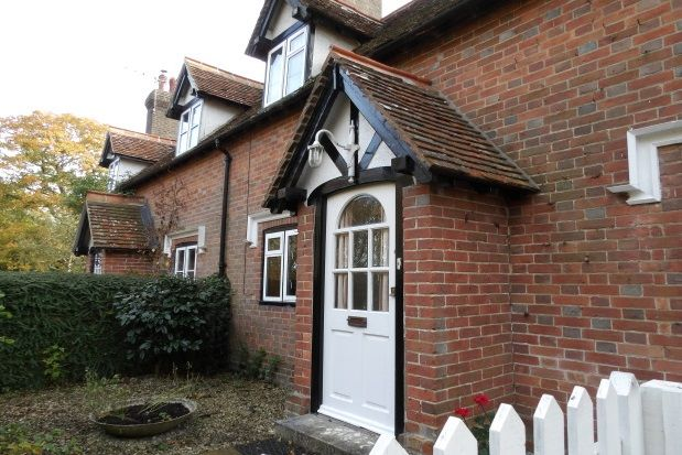Thumbnail Semi-detached house to rent in Cottenden Road, Stonegate, Wadhurst