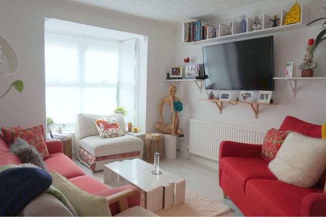 Thumbnail Link-detached house to rent in Thamesgate Close, Richmond