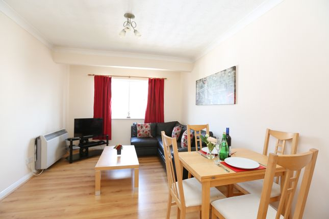 Dinning Area of Serviced Apartment, Leamington Spa CV31