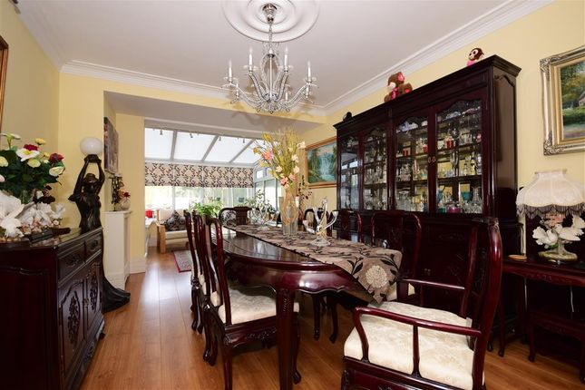 End Terrace House For Sale In Roding Road Loughton Essex