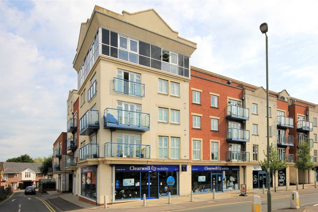 Thumbnail Property for sale in 101 Goldsworth Road, Woking, Surrey