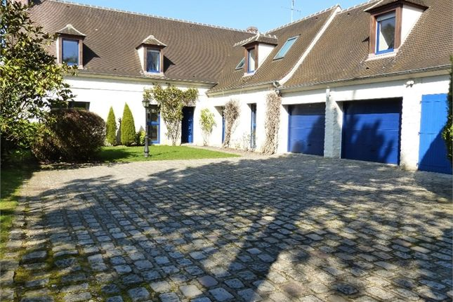 Thumbnail Property for sale in Picardie, Oise, Senlis