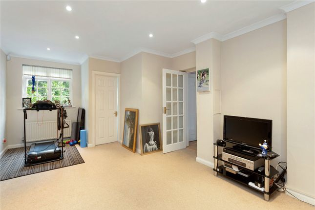 Picture No. 11 of Sarratt Lane, Loudwater, Rickmansworth, Hertfordshire WD3