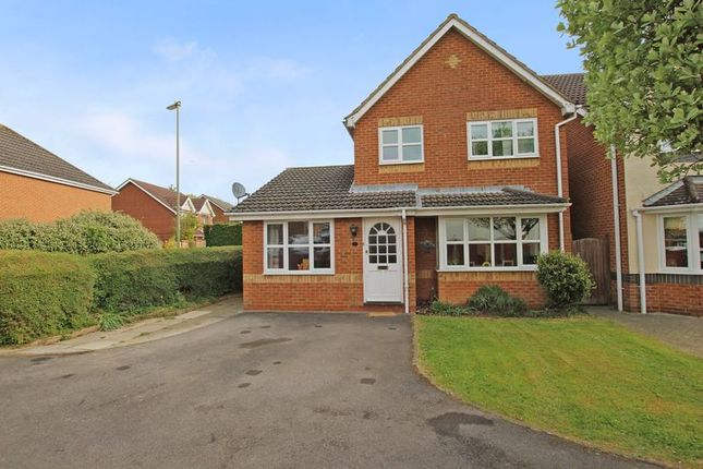 Thumbnail Detached house for sale in Hedgerow Close, Rownhams, Southampton