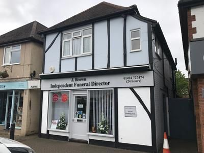 Thumbnail Commercial property for sale in 67 & 67A Woodside Road, Amersham, Buckinghamshire