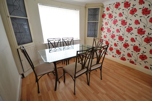 Dining Area of Haven Drive, Hakin, Milford Haven SA73