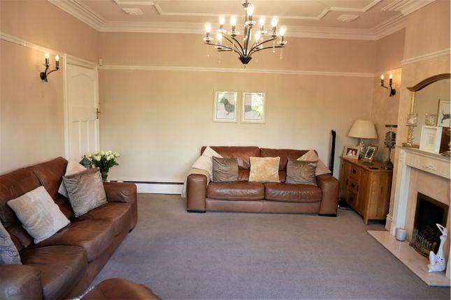 Lounge of King George Road, South Shields NE34