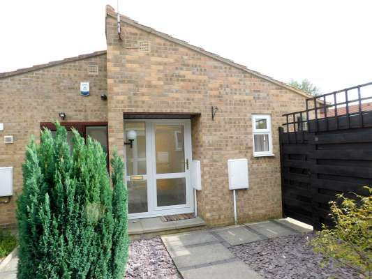 Thumbnail Semi-detached bungalow to rent in Finchfield, Parnwell