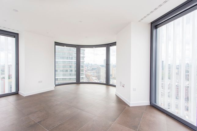 Thumbnail Flat for sale in 261 City Road, London