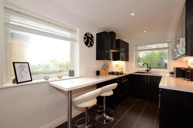 Thumbnail Flat for sale in London Road, Brentwood, Essex